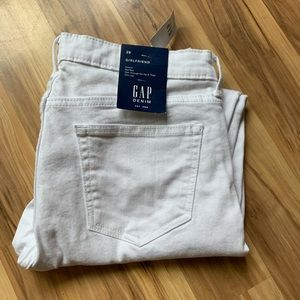 Gap NWT Girlfriend stretch jeans size 29